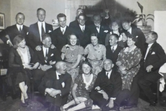 Group photo of German engineers and family in Russia